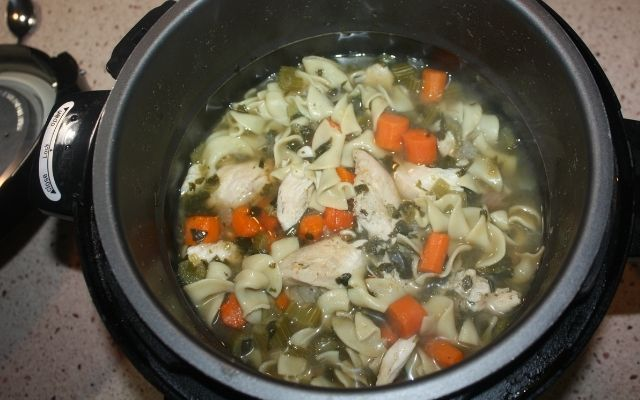 Homemade Chicken Noodle Soup for Colds