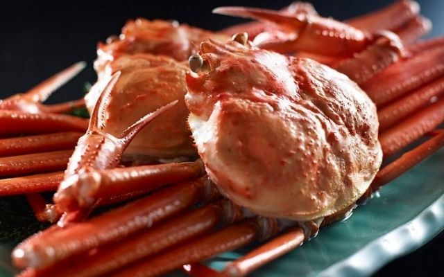 What does Snow Crab Taste like
